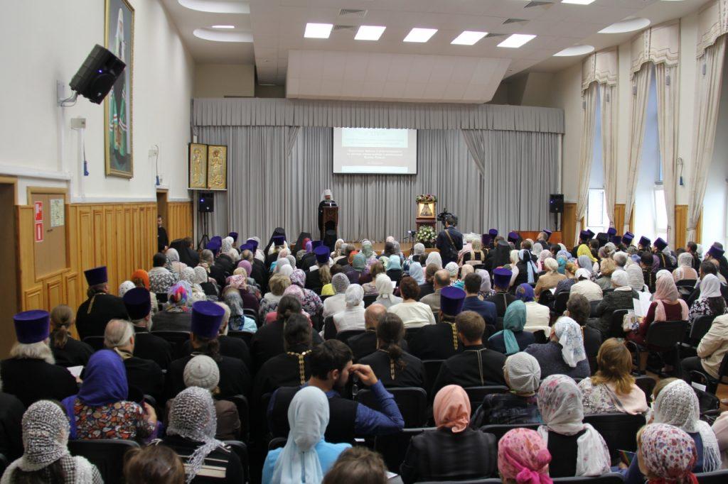 Начал работу XIV Съезд православных законоучителей Екатеринбургской митрополии