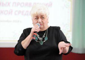 В гимназии №18 представители православной церкви и учителя обсудили проблемы детских зависимостей